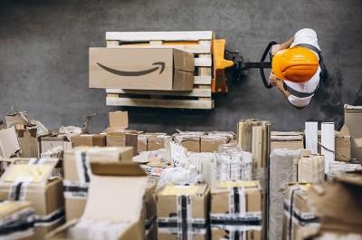 """Osnivač Amazona dnevno otvara 2800 radnih mjesta, a u krizi je """"podebljao"""" račun za 64 milijarde dolara"""